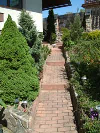path leading to front door